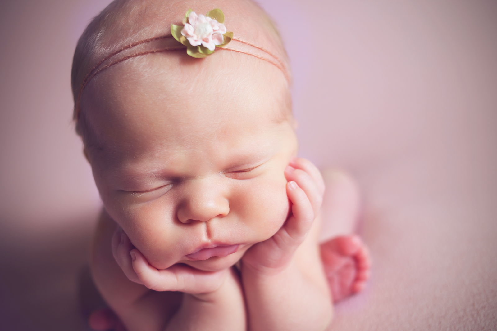 newborn-soft-studio-posed-143.JPG