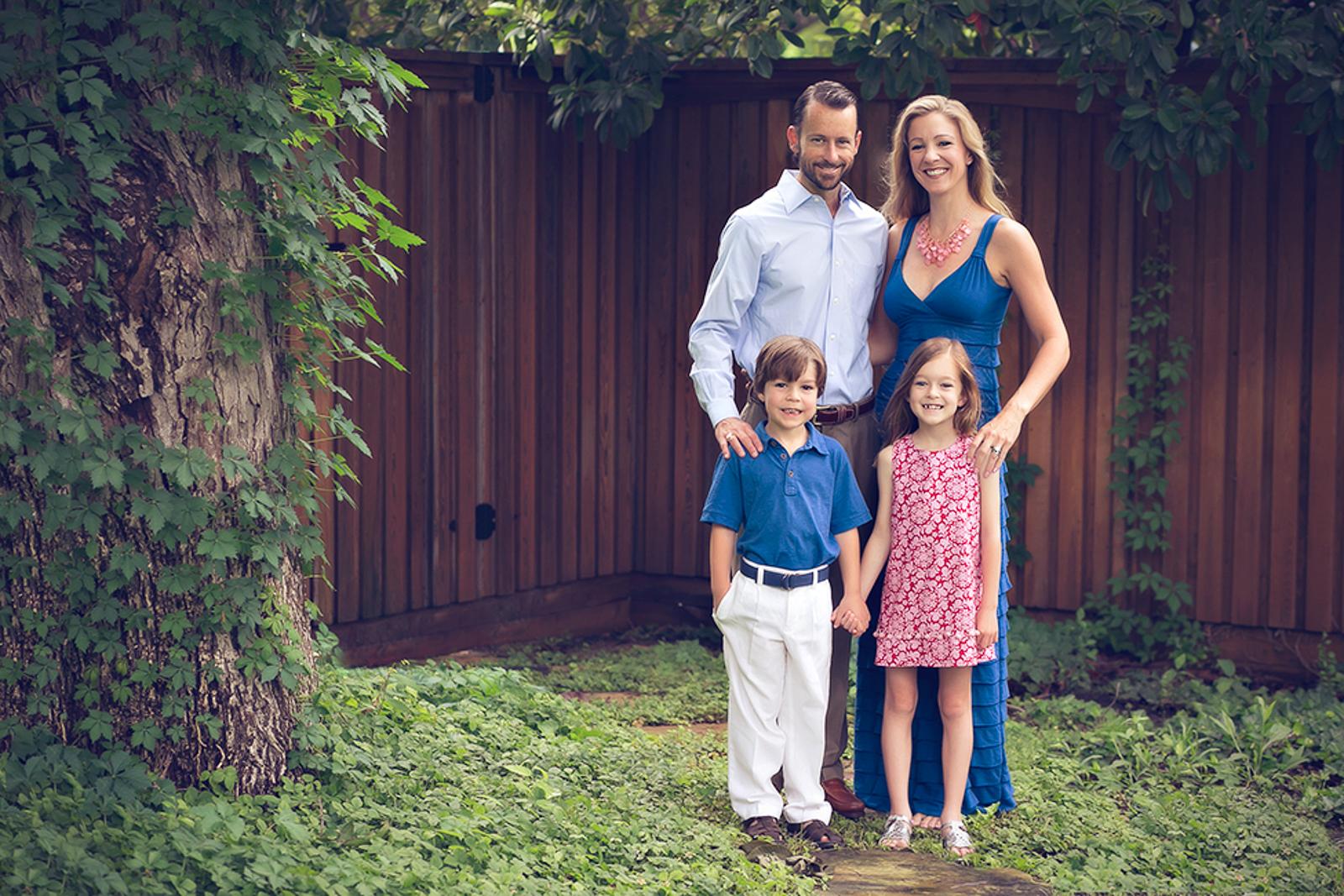 family-outdoors-light-portraits-104.JPG