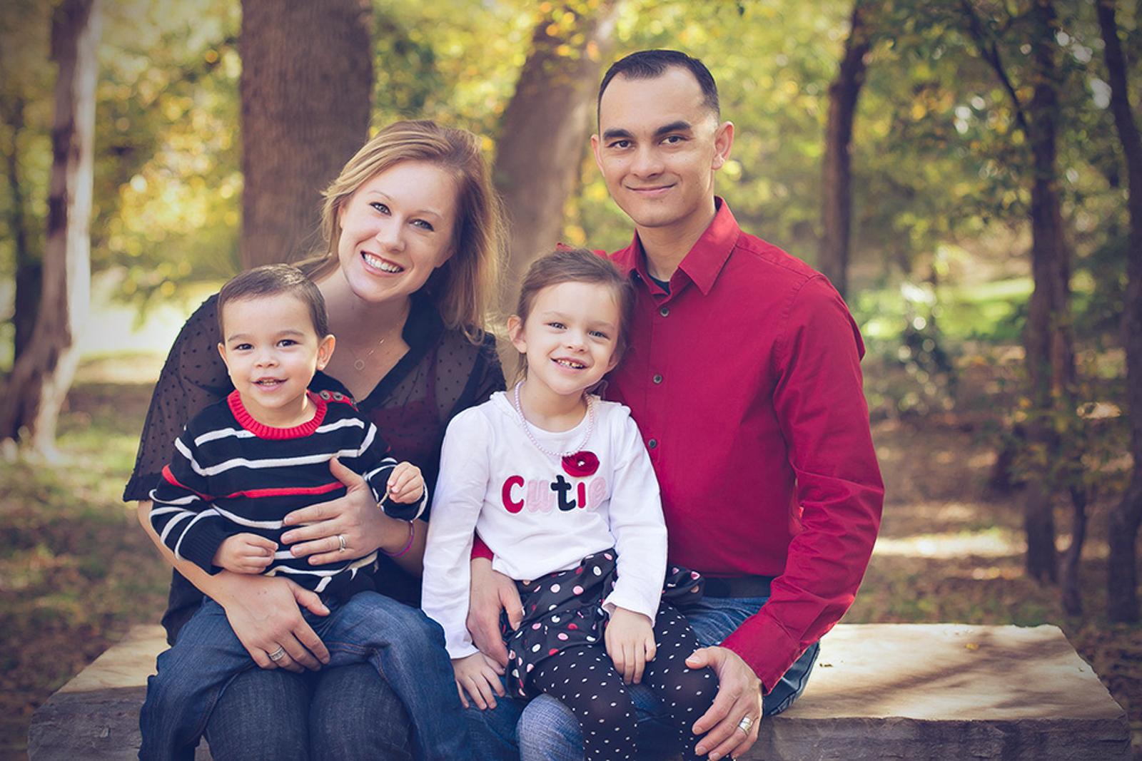 family-outdoors-light-portraits-114.JPG