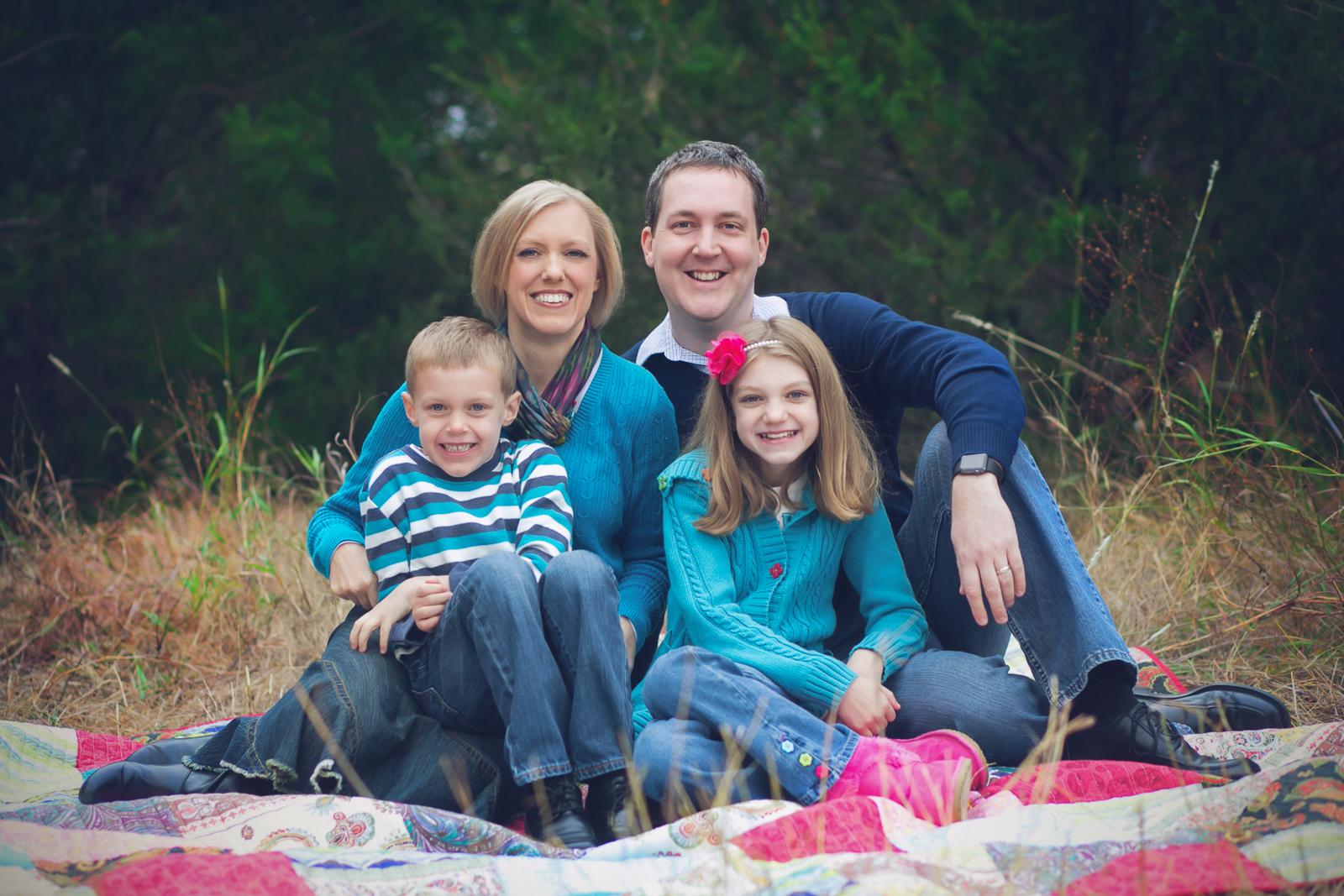 family-outdoors-light-portraits-138.JPG
