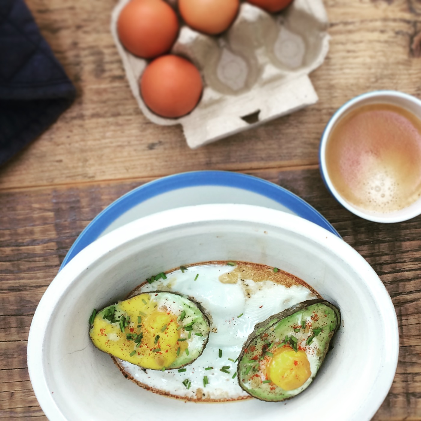 paprika baked egg and avocado