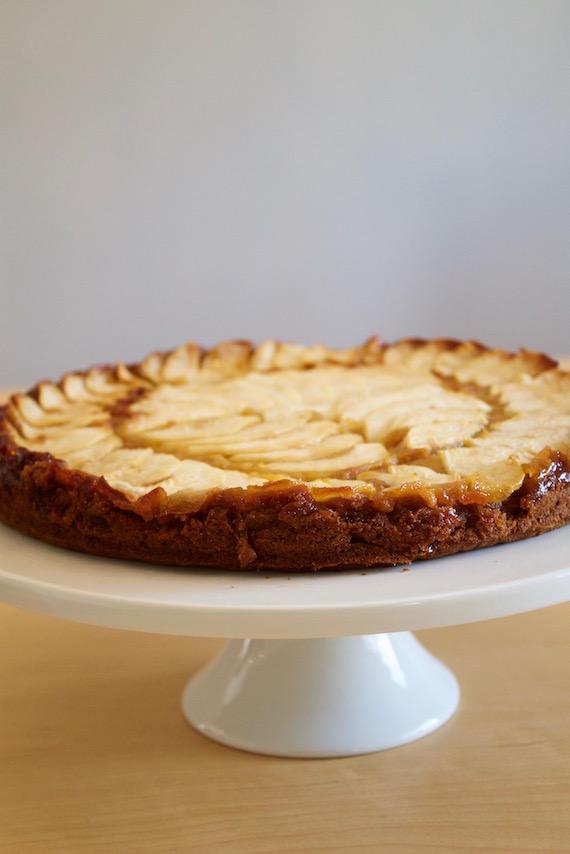 Pear persimmon cake 1.jpg