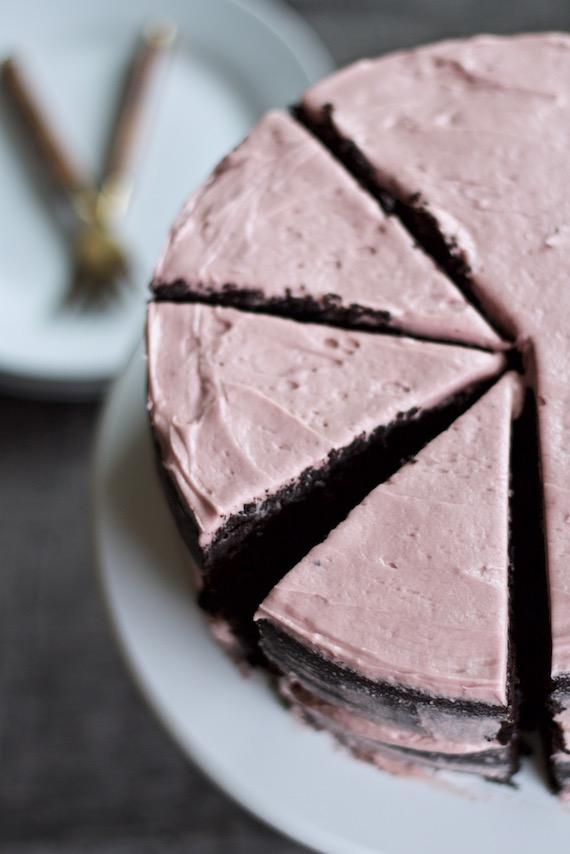 Valentine's cake 7.jpg