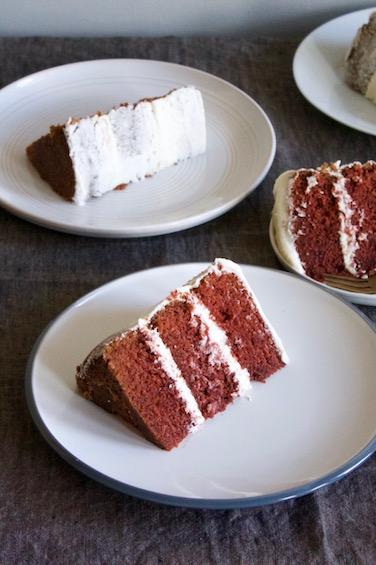 Red velvet cake 8.jpg