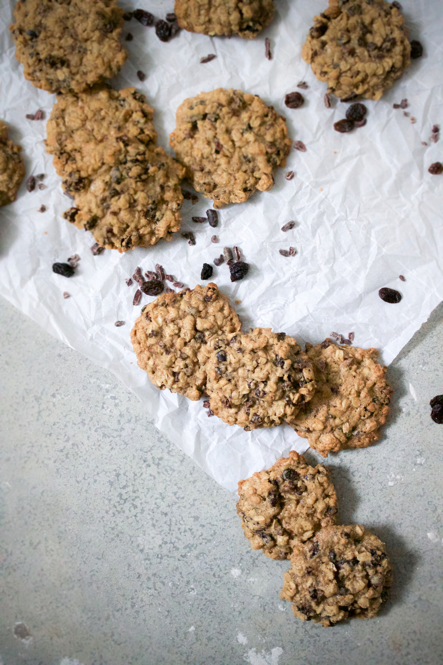 Oatmeal raisin cacao nib cookies 2.jpg