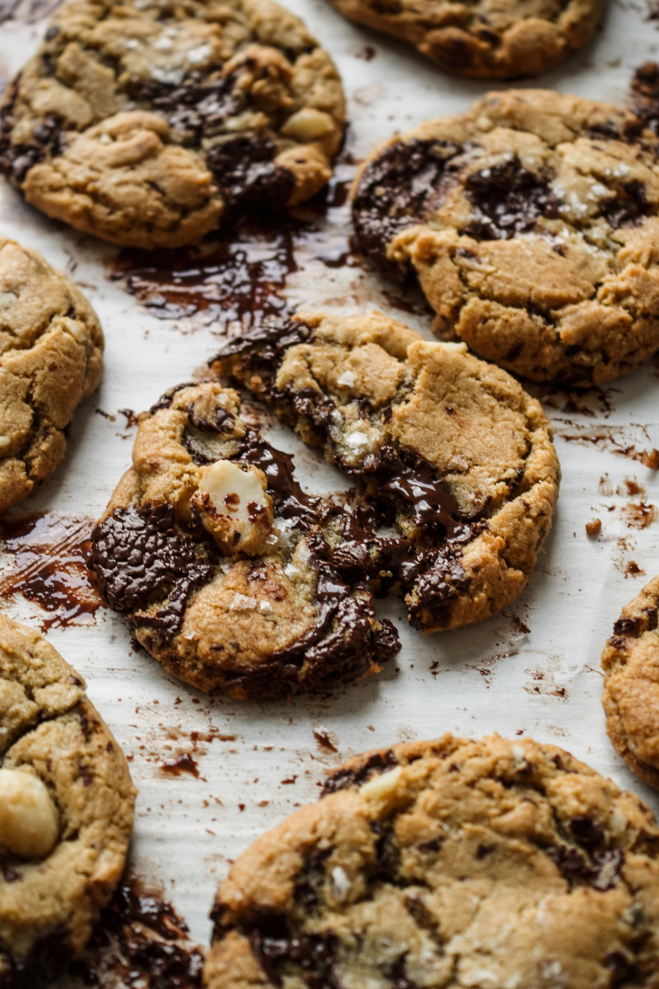 Chocolate chip macadamia cookies 10.jpg