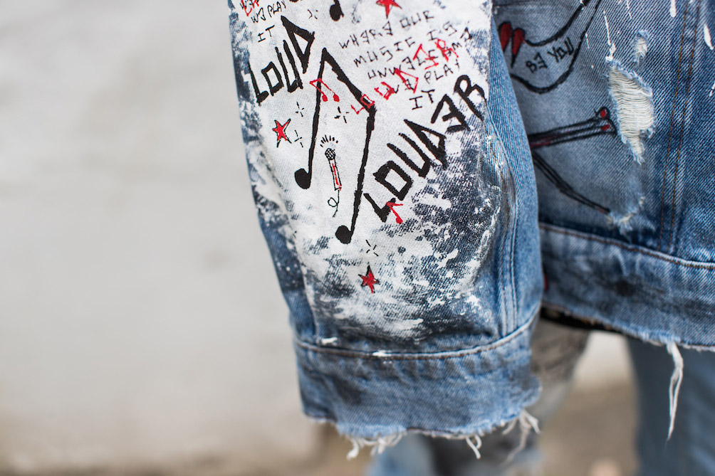 14. DENIM JACKET PAINT 6.jpg