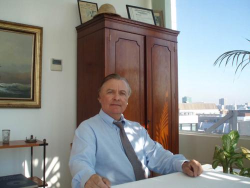 Endre_chairman.jpg