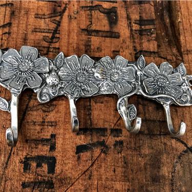 pewter-flowers-key-rack-crosby-taylor-3281.jpg