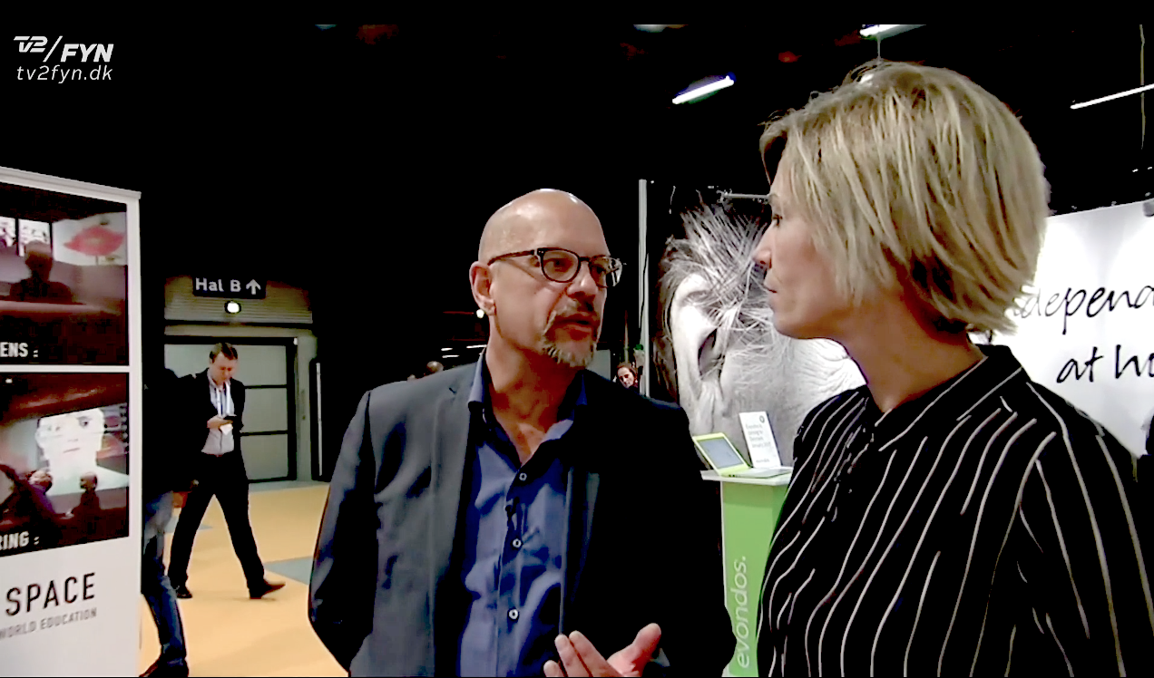 Erling Hjernø, Direktør MeWe Space og Pernille Kjær Nielsen,Businessreporter TV2 Fyn.