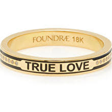 Foundrae is a jewelry brand which is more than jewelry: they are modern heirlooms, ones that allow the wearer to express something of herself to the world,and like all heirlooms, these pieces tell a story through customization.  FOUNDRAE