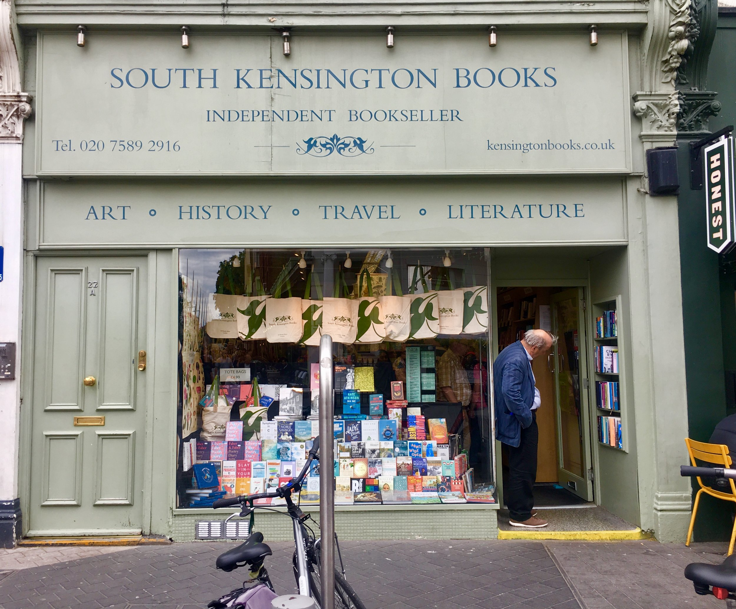 South Kensington Books  is the quintessential independent neighborhood book store. Established in the 1940's, South Kensington Books specializes in Visual Arts, Photography and Architecture and History besides fiction and nonfiction. 22 Thurloe St, Kensington, London, UK.