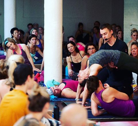 A-mazing day back at the studio! Taught anatomy for the phenomenal Jacqui Bonwell and her incredible trainees and almost 140 people packed the house for my first class back after surgery. Special live music with John Hughes blew my mind and lifted my heart. Photos by the talented Katherine C Cohen! Thank you everyone! #yoga, #yogateacher, #pictureoftheday, #lovemylife, #southbostonyoga