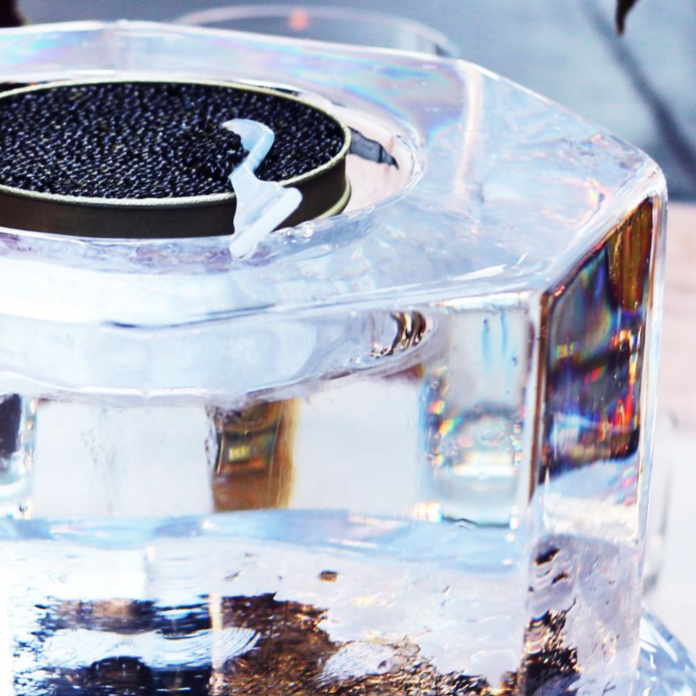 """<strong>caviar & vodka</strong><a href=""""/portfolio-food-caviar"""">view »<a>"""