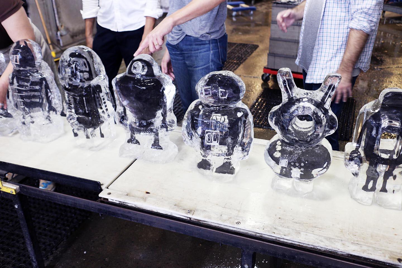 robot image carving Workshop Team Building 3*.jpg