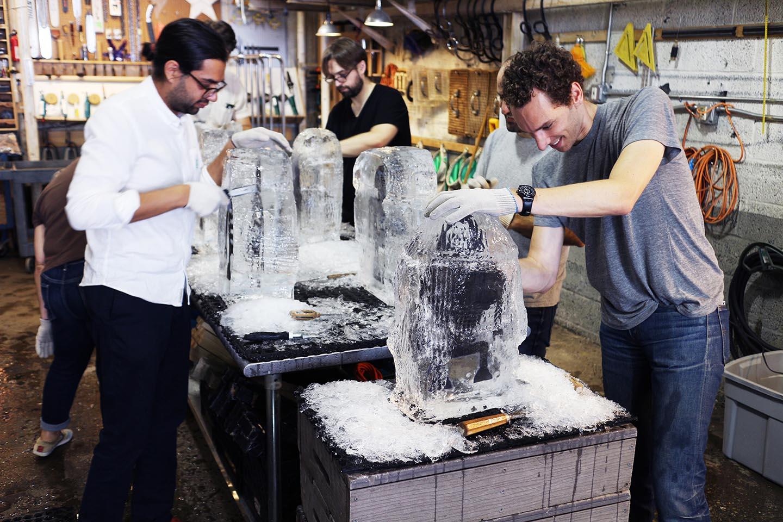 robot image carving Workshop Team Building 1*.jpg