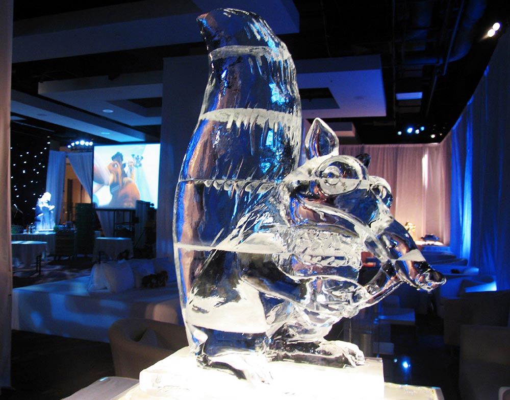 Ice-Age-'Scrat'-Sculpture.jpg