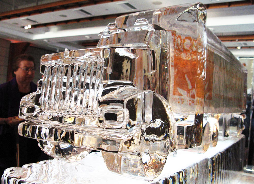 08 trailer-truck.jpg