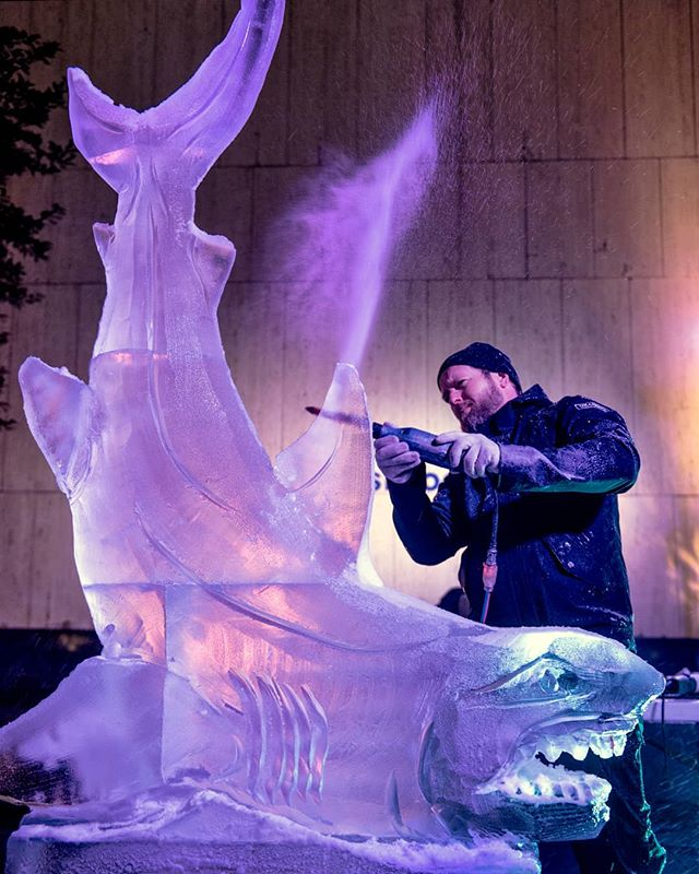 """Live carving at Grace Plaza, for this event whose theme this year was """"Sea Life."""" . . . #shark #sculpture #ice #icesculpture #livecarving #graceplaza #sharksculpture #livecarvingevents #timewarnercenter #graceplaza #grace-fulice2017 #nycevents #event #eventplanner #birthday #barmitzvah #batmitzvah #wedding #eventinspiration #barmitzvahinspiration #batmitzvahinspiration #artsbrookfield #sharks #babyitscoldoutside #thegracebuilding #publicinstallation #publicevents #party #cool #fun"""
