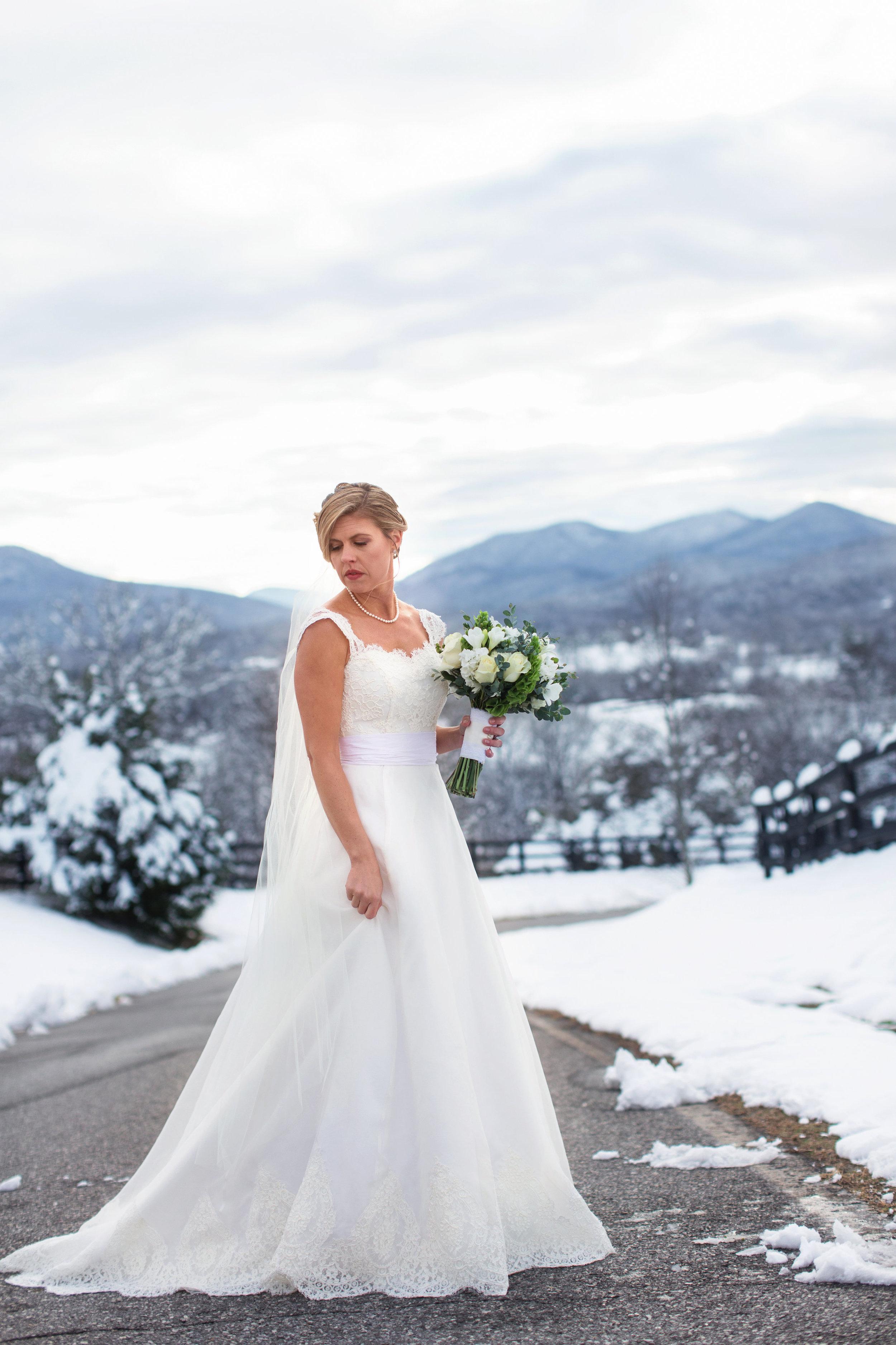 Meredith Travis Wedding-bride and groom-0031.jpg