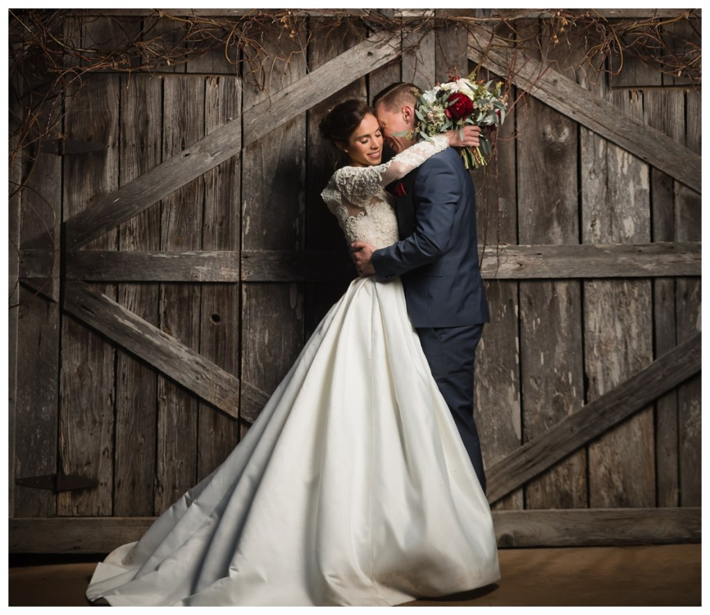 The-Gray-Dove-Winter-Wedding_1592.jpg