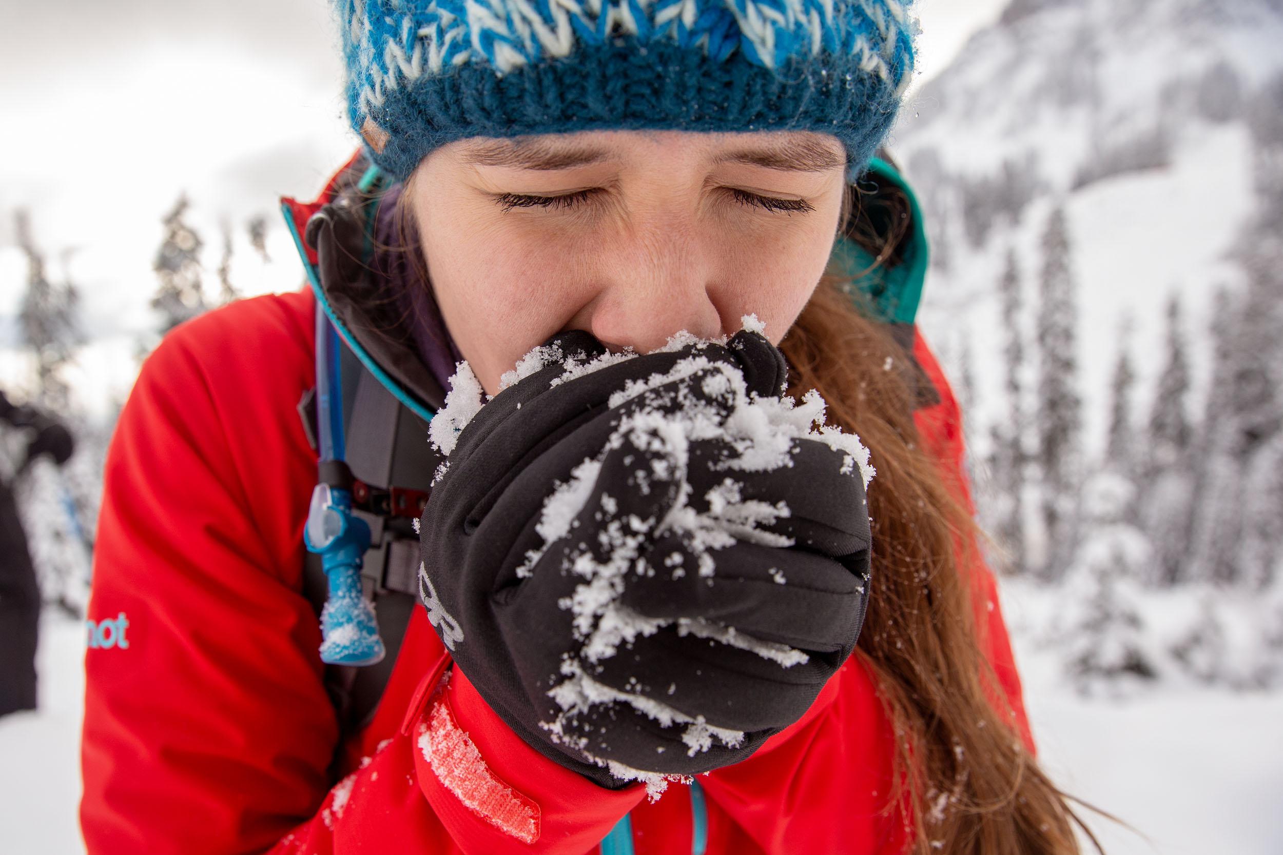 Snowshoeing_REI-393.jpg