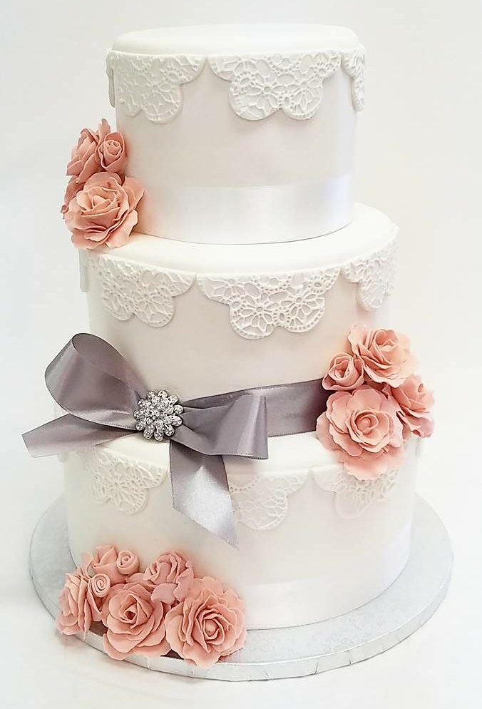 Lace Wedding Cake.png