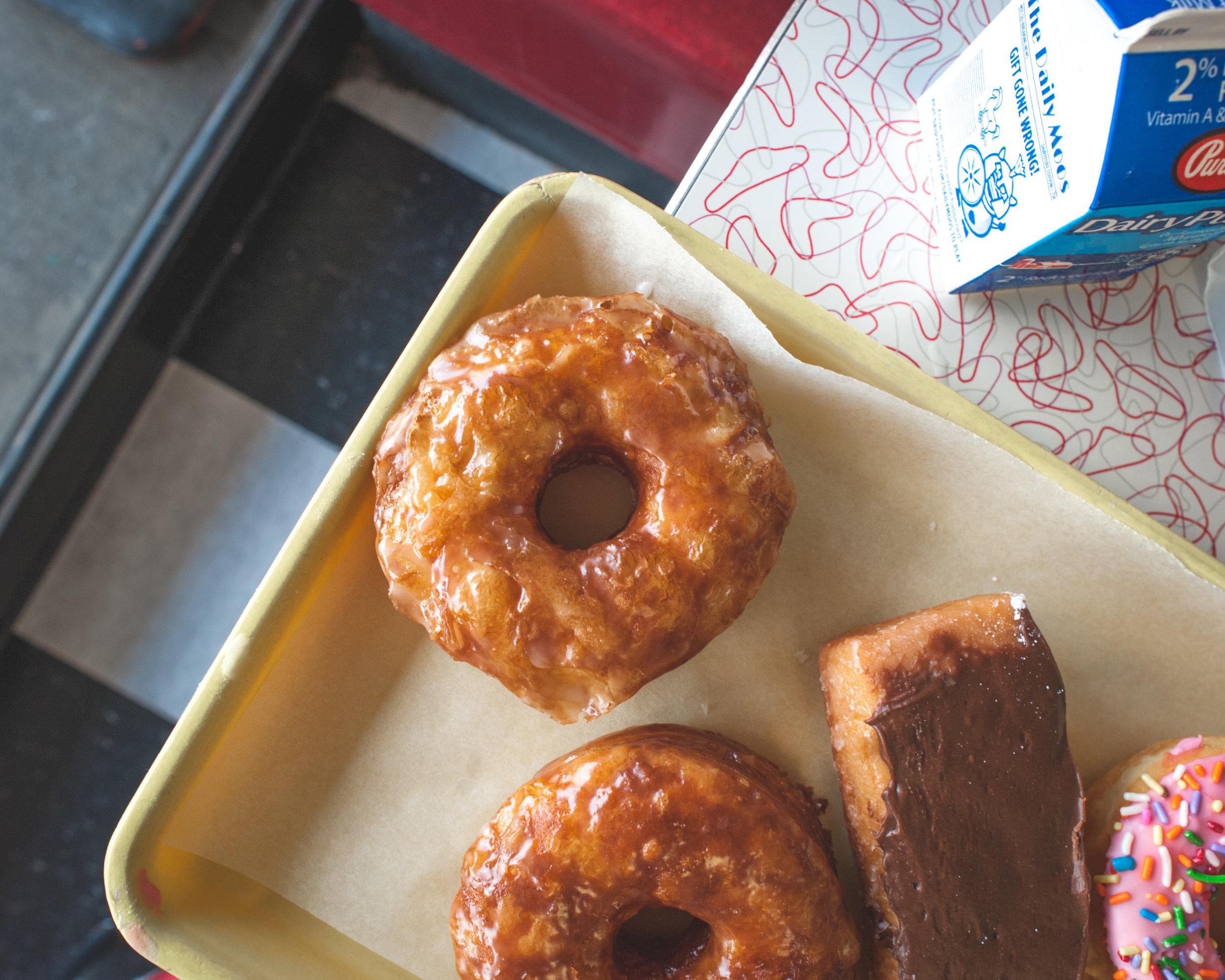 DonutDen_Cronut_2880x2304.jpg