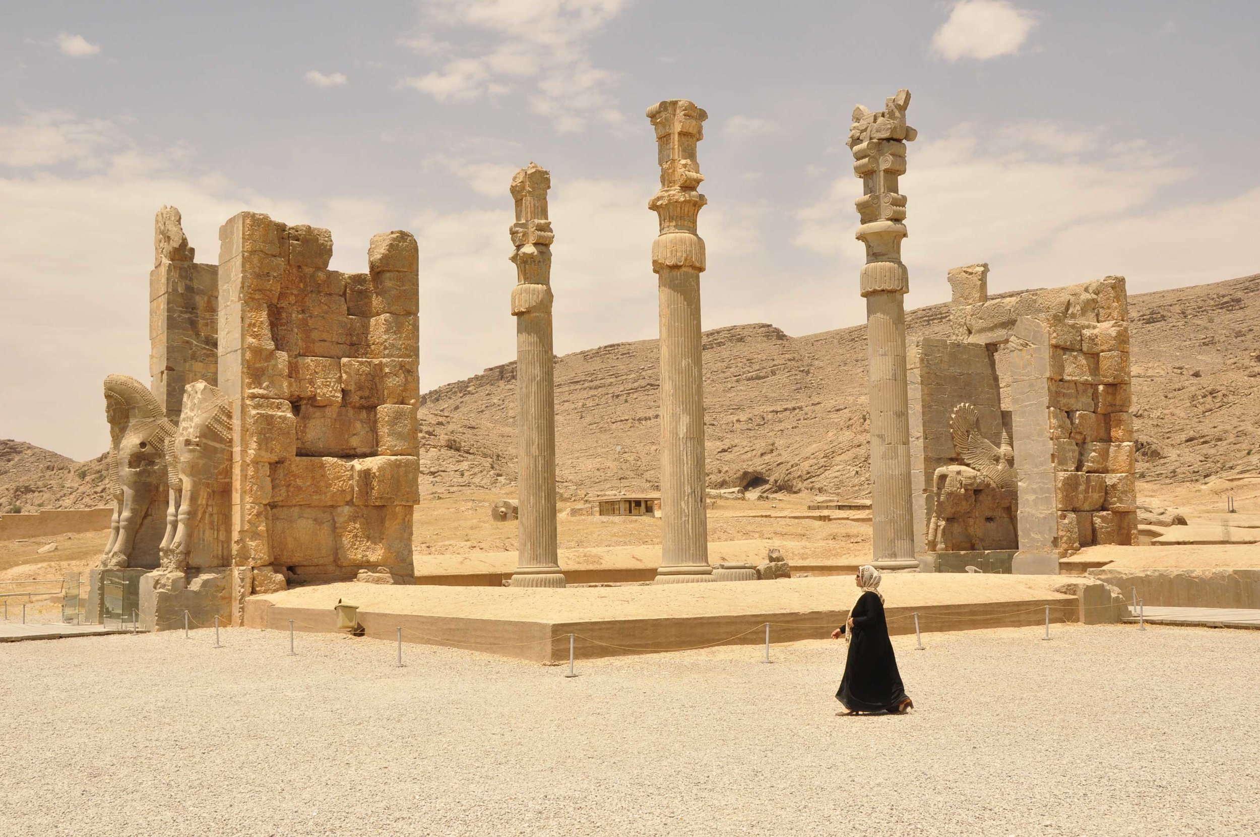 the-ancient-ruins-of-persepolis.jpg