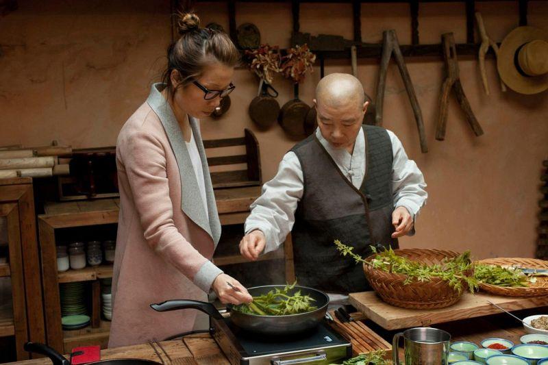 Cheema's Traveler Michelin Star Chef Sarah Henke cooking with Jeong Kwan