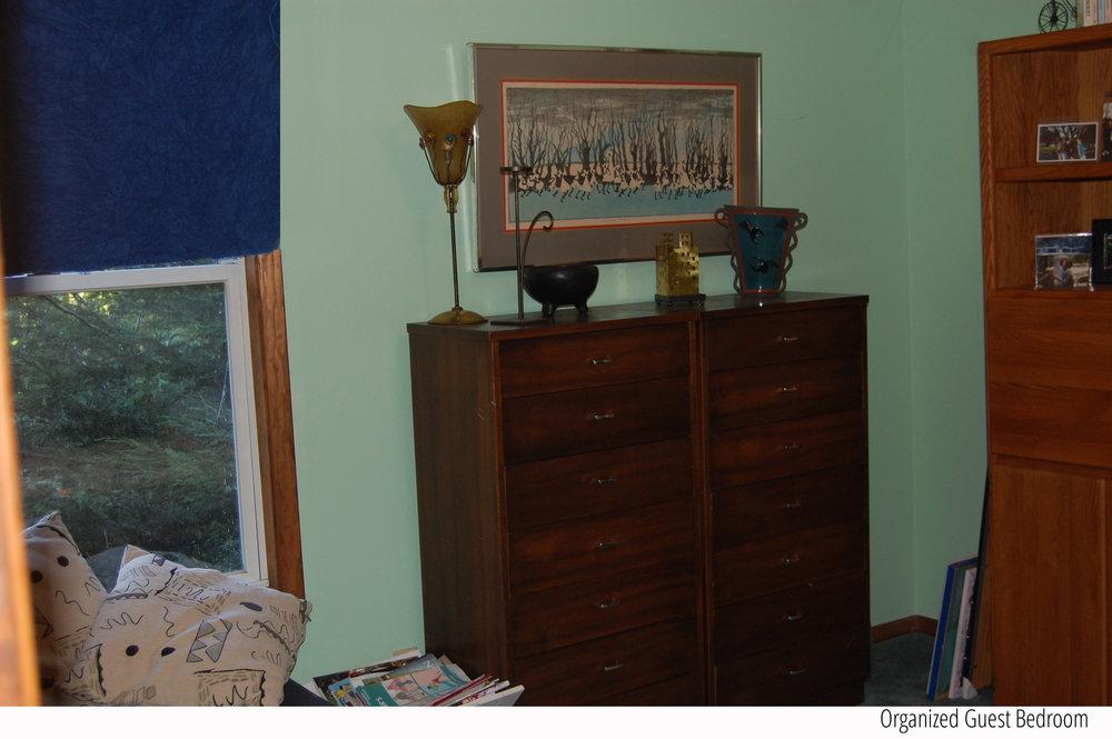 Organized+Guest+Bedroom+Window+Tag.jpg