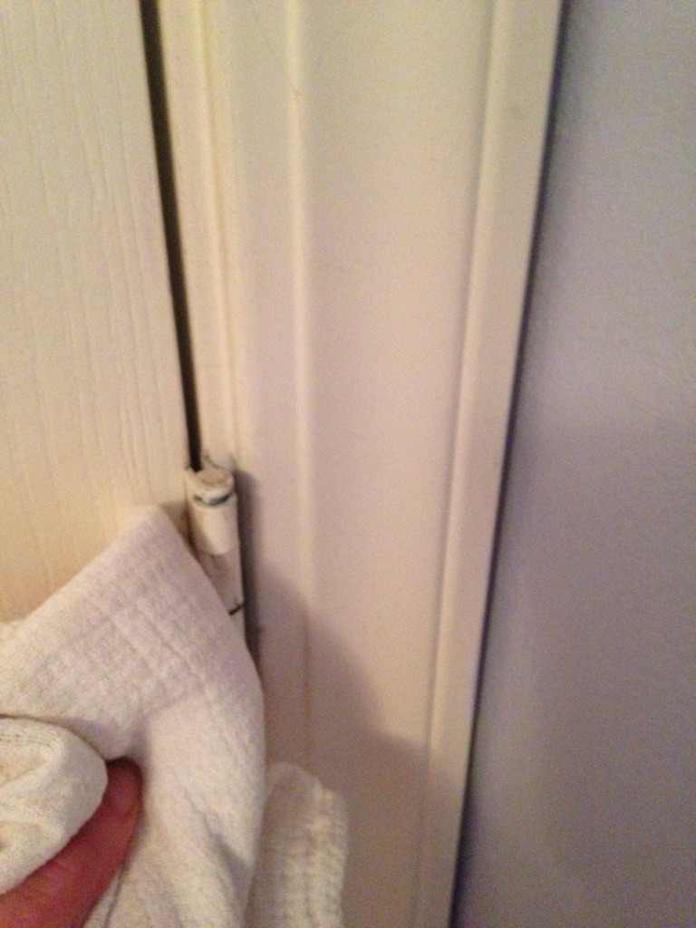 - Keep a rag handy. The coconut oil and old grease may drip down the door frame or trim.