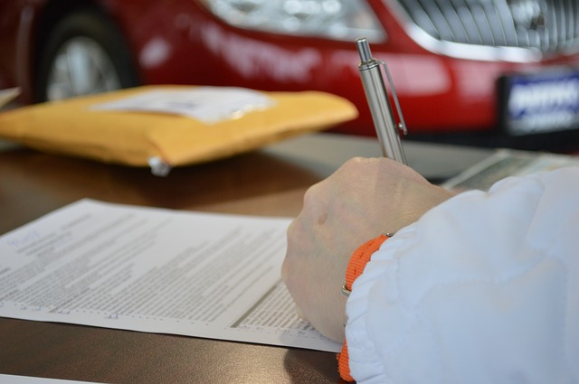 contract-945619_640 Image by Susan Sewert from Pixabay wills trusts poa.jpg