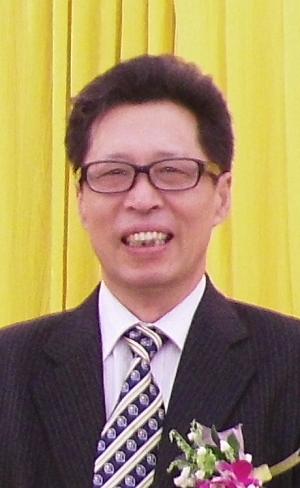 Zhenhong Yuan
