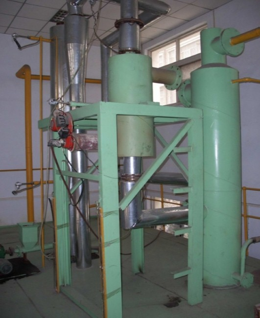 Biomass pyrolysis equipment 3.jpg