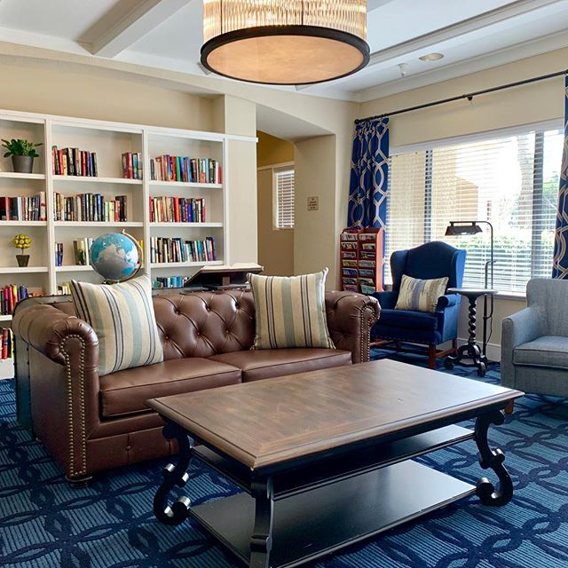 Well installation is almost done- it took a long time to get here but Sierra Pointe is finally feeling good. #interiordesign #williamschneiderdesign #seniorresourcegroup #visualcomfortlighting #curryandcompany
