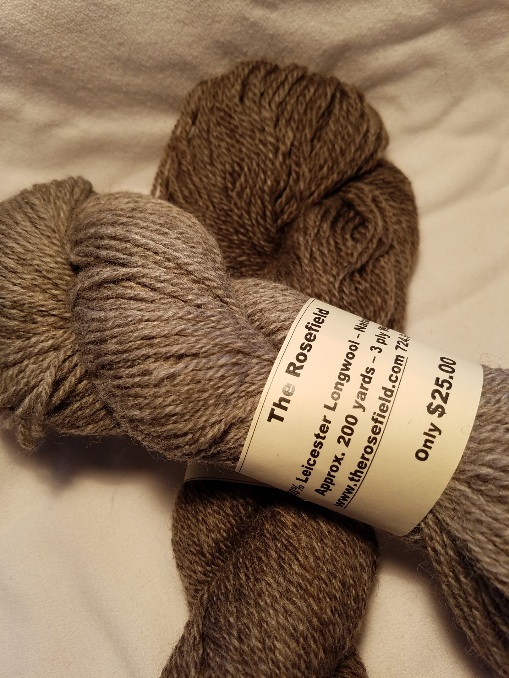 7. Lt/Dk Gray Leicester Longwool 3 ply Worsted