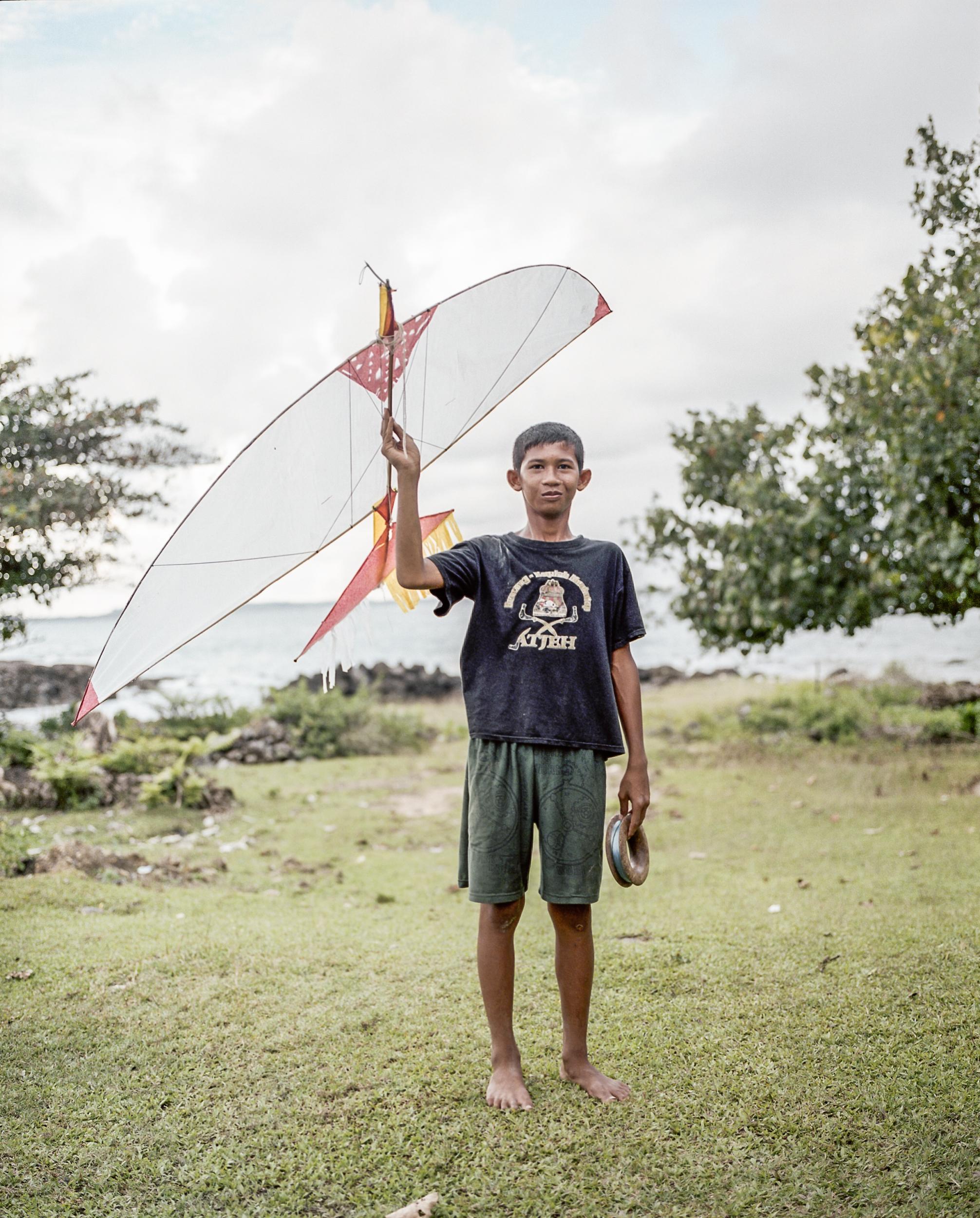 indo.kites230.jpg
