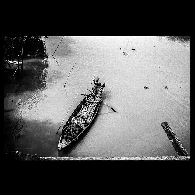 Tributary to the Irrawaddy River 2009 - - - - - #Myanmar #35mm #triXfilm #boat #boatskills #riverman #voigtlander #kodak #bw