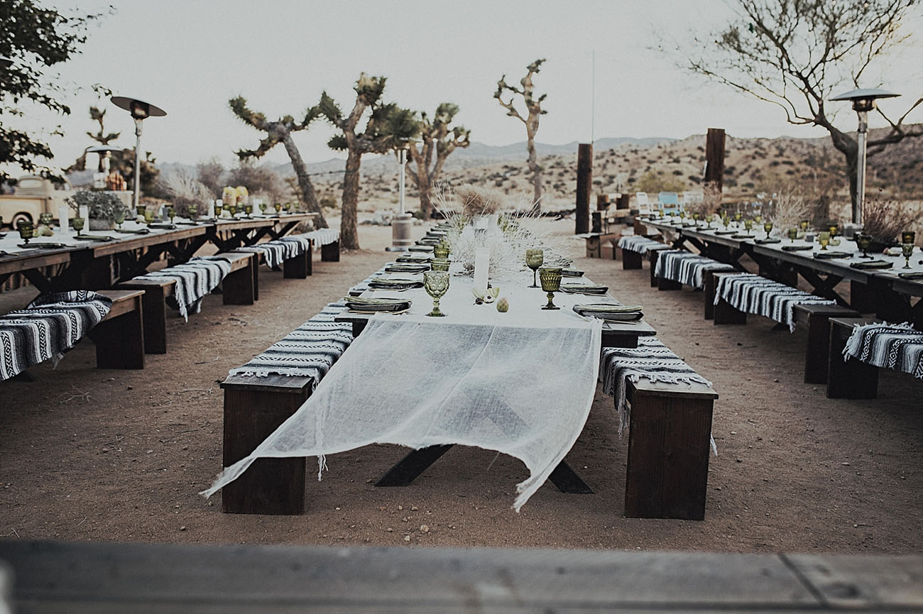intimatejoshuatree-wedding-36.jpg