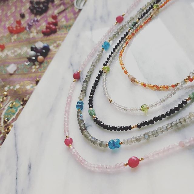 Are you looking for a unique quality handmade gift? These elegant tiny gemstone chokers are available. I will be returning to Malas in the new year and phasing away from chokers so if you've been feeling pulled to towards them, or want to adorn something special for New Years - this is a perfect time to browse the store. Everything is currently discounted by 25%. Holiday blessings ⭐️💕