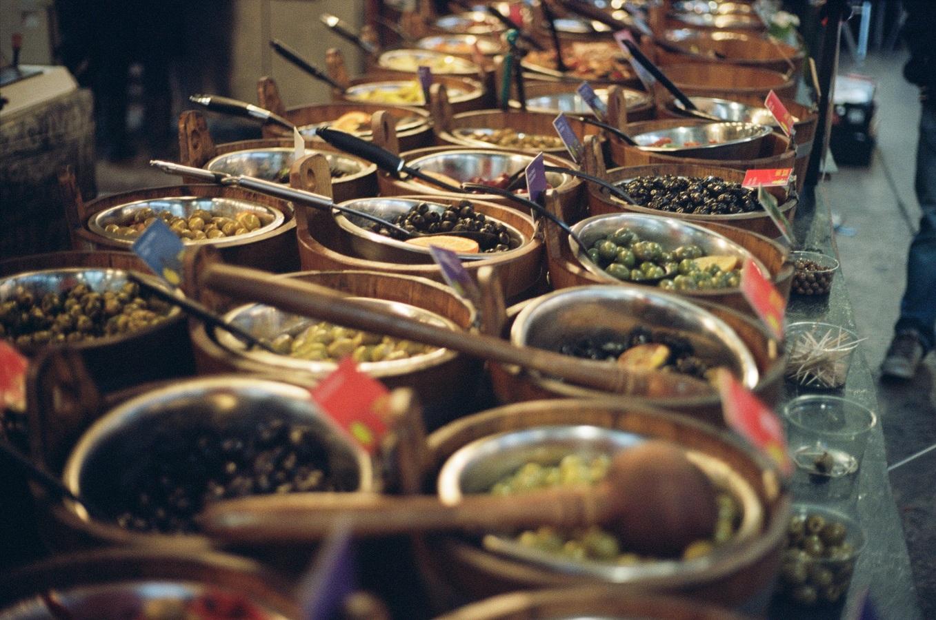 city-dish-meal-food-bazaar-market-13275-pxhere.com.jpg
