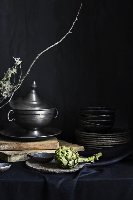Styling + Art Direction TAMARA MAYNES  Florals NATASHA MORGAN  Photography CAITLIN MILLS
