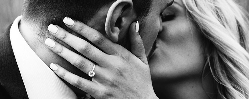 5-classic-enagegement-rings-for-the-timeless-bride-to-be.jpg