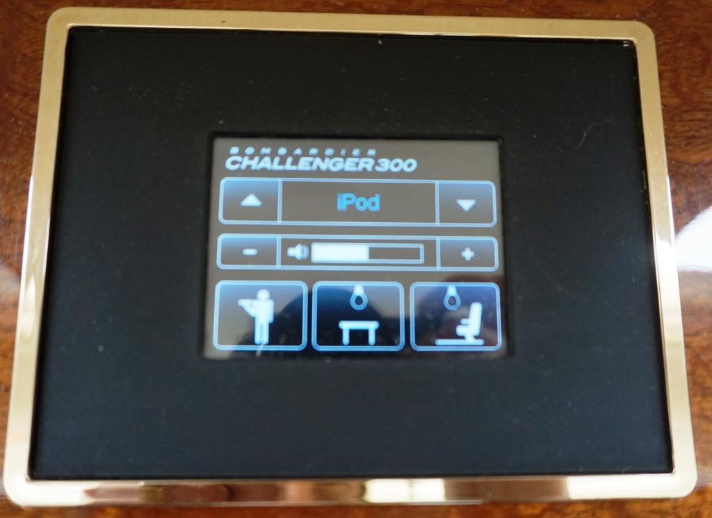2007 Challenger 300 Entertainment Control