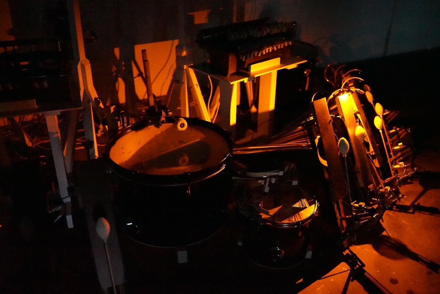 Robot-Music.jpg