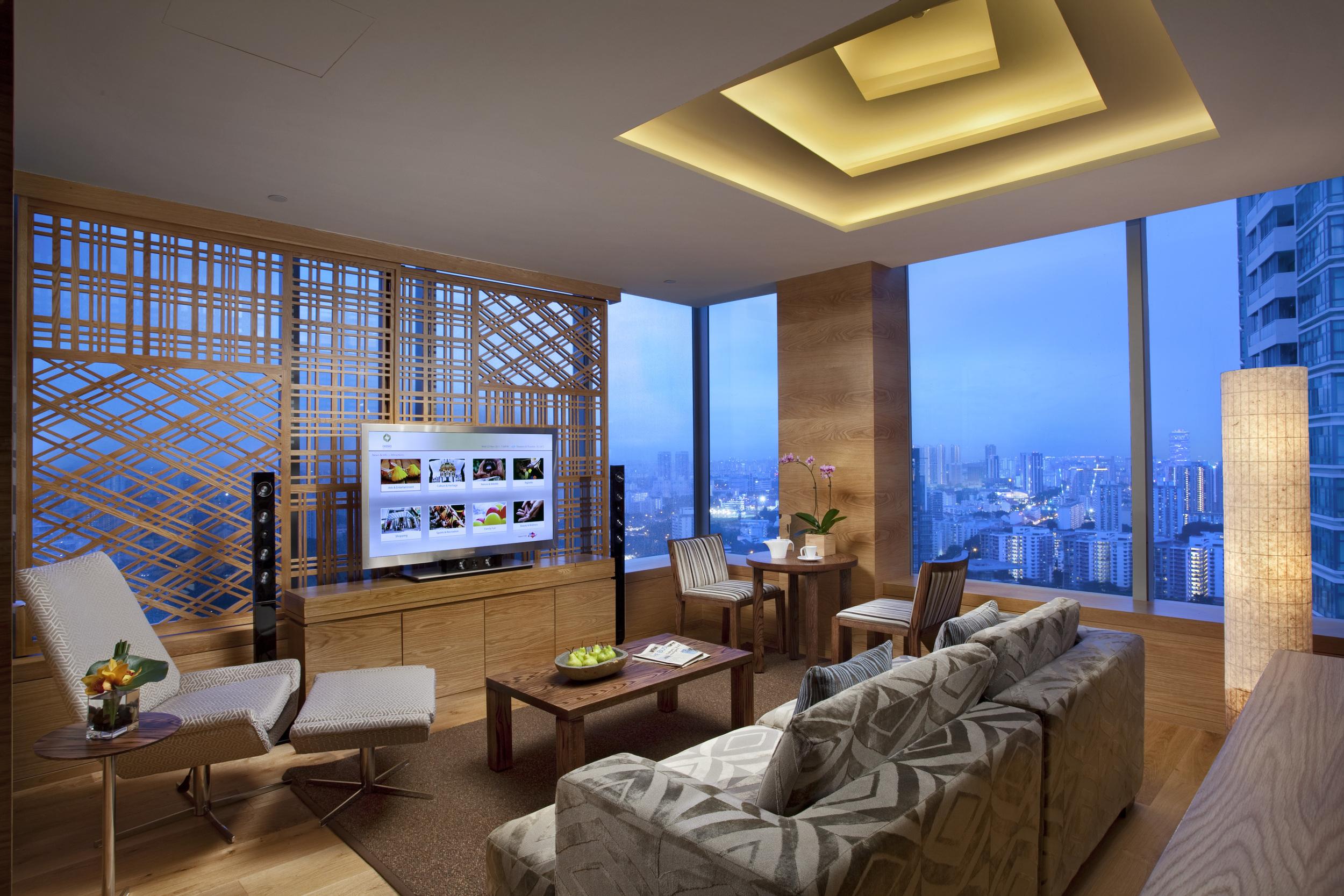 Suite_Living Room.jpg