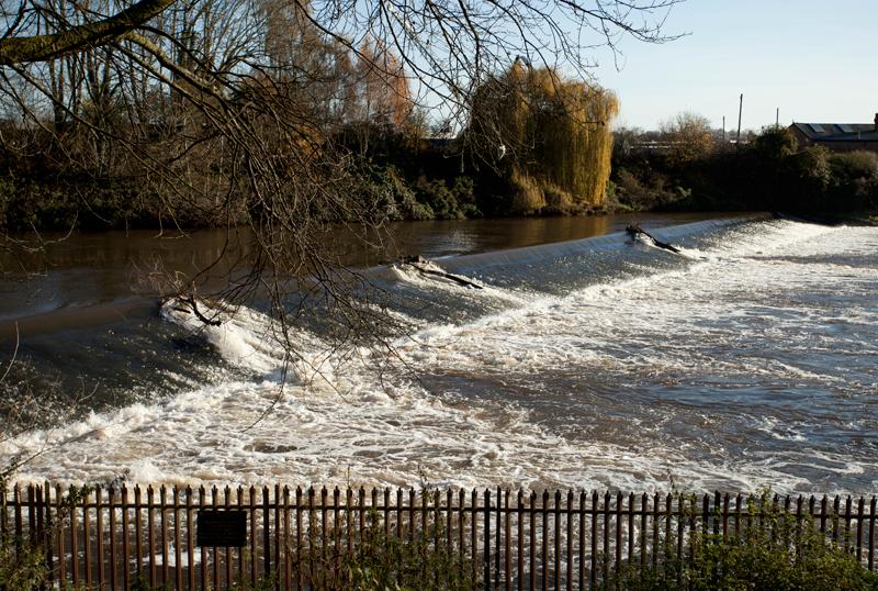 Weir, Worcester