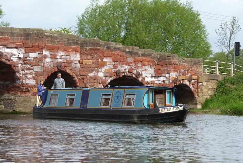 Canal Boat, Eckington, Worcs.
