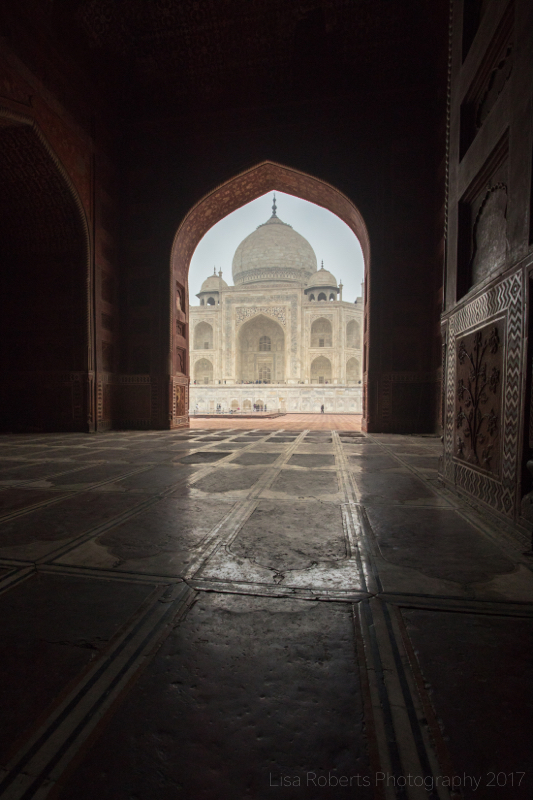 West view of the Taj Mahal from inside the mosque, Agra, Uttar Pradesh, India